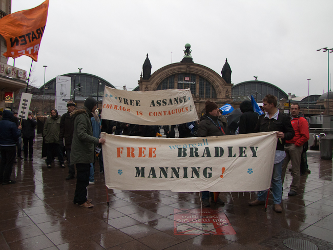FreeBrad FreeAssange demo in Frankfurt/Main Germany